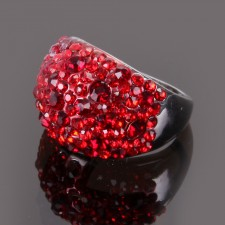 Bague Tiara,à strass rouge vif ,taille 58 - 14A09