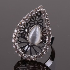Bague filigranne ajustable,Goutte à Strass - 18A10